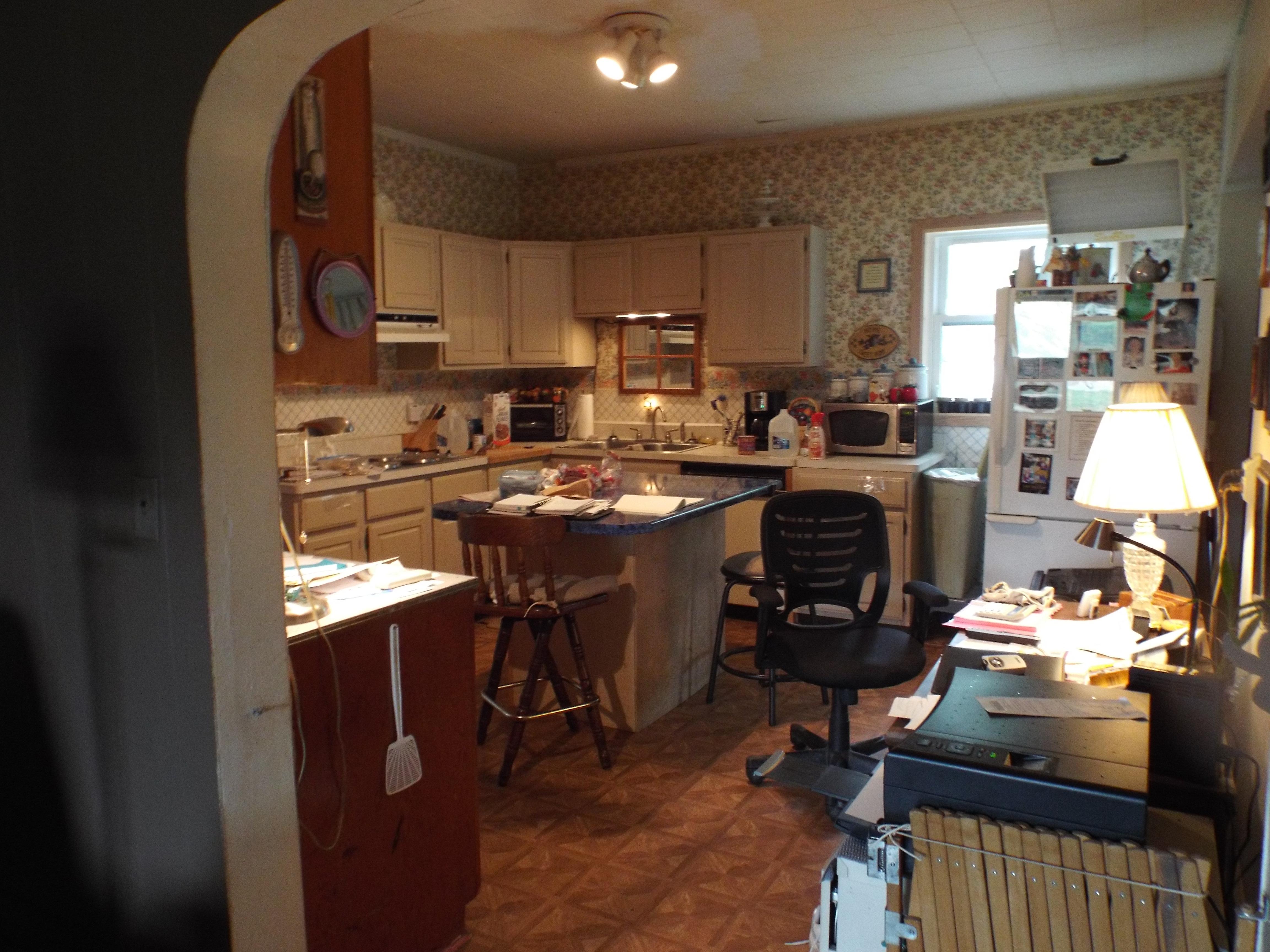 Kitchen during gardening 018