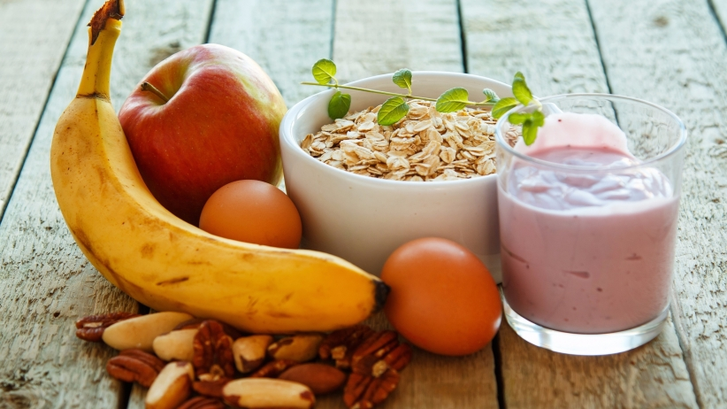 Healthy snacks can curb your appetite.